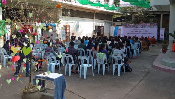 Students, NGOs Hold Remembrance Service For Disappeared Lao Activist